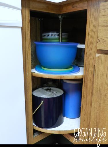 Organizing Bowls In A Corner Cupboard