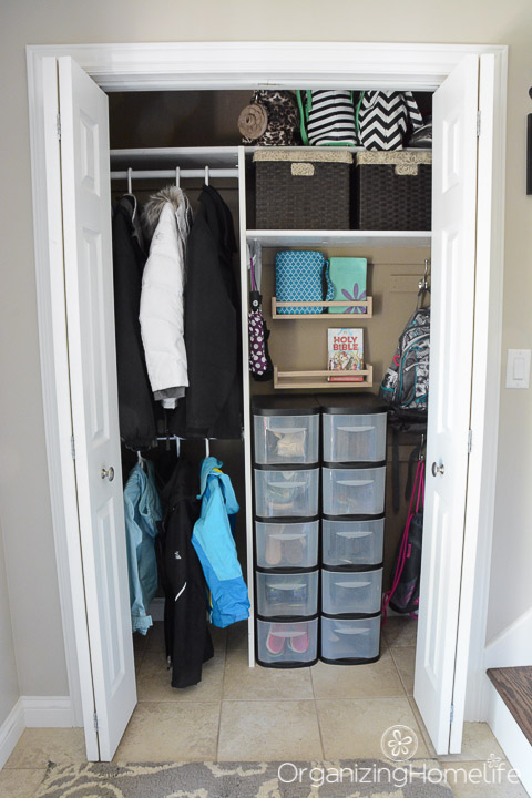 Organized Entry Closet | Organizing Homelife