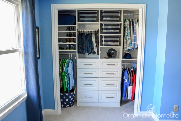 organize small bedroom closet tween boy s room organized closet reveal organizing homelife 16573